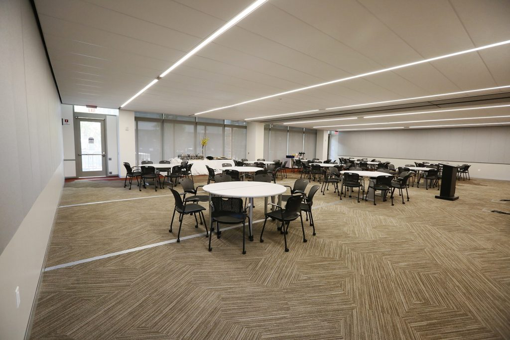 5th-floor-conference-center-04